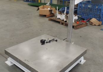 Scales & Stand 3000 kgs rt | International Explosive Equipment